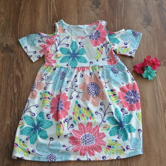 Sunshine Swing Other - NWT Girls Cold Shoulder Dress